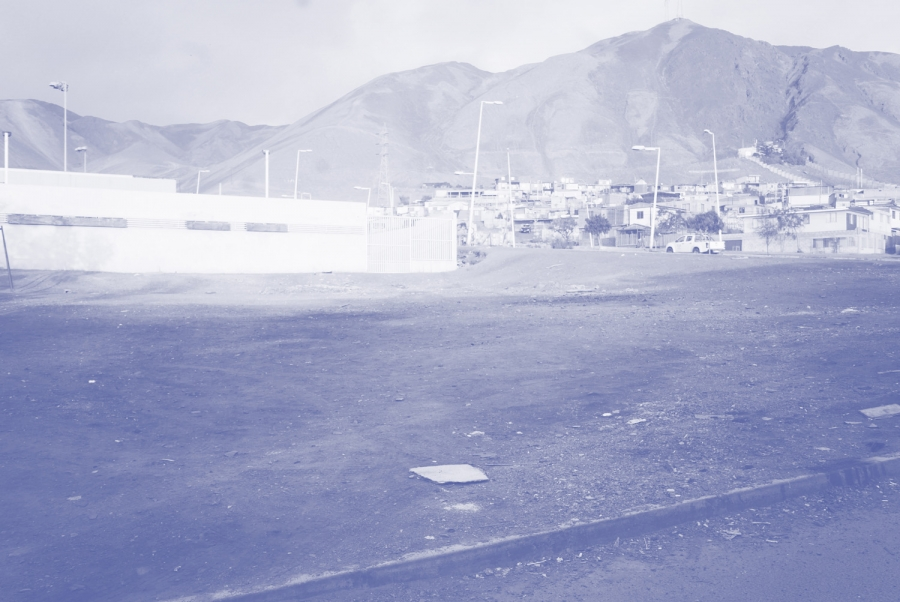 http://archplg.cl/files/gimgs/th-69_Plaza Sustentable (antes) BLUE.jpg